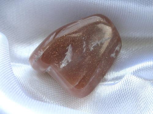 Энергия камней № 51 Лунный камень (окатанный камень) фото, обсуждение