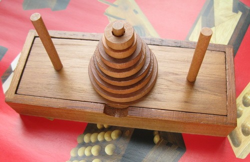 Занимательные головоломки №6 Ханойская башня фото, обсуждение