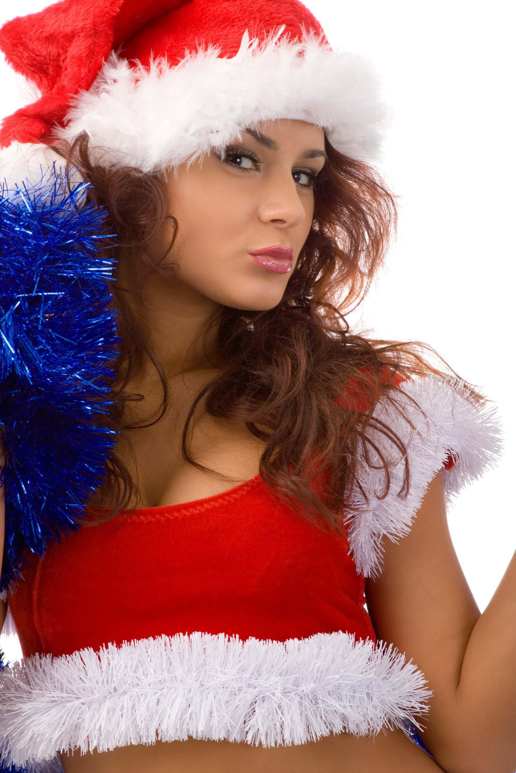 Фото красивой девушки брюнетки снегурочки 25 фотография