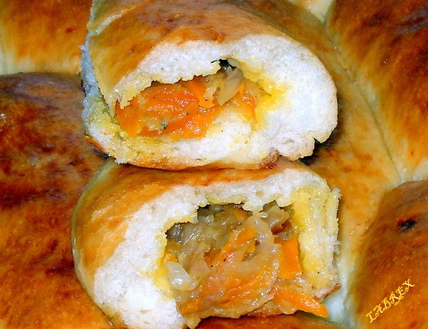 Пирожки с морковкой и капустой в духовке пошаговый рецепт