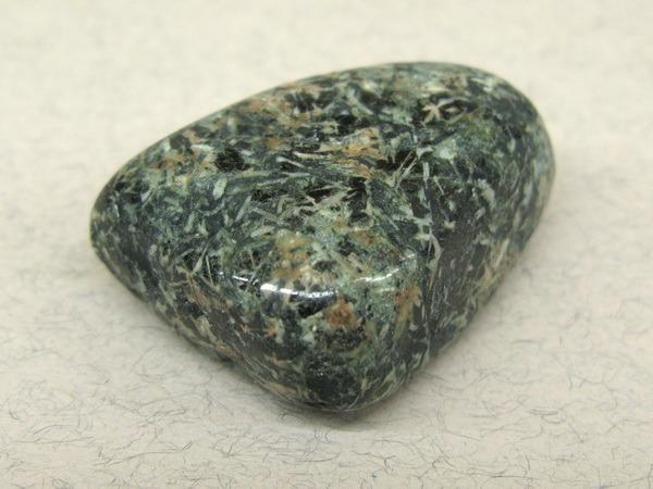 Энергия камней № 101 Цветочная яшма (окатанный камень) фото, обсуждение