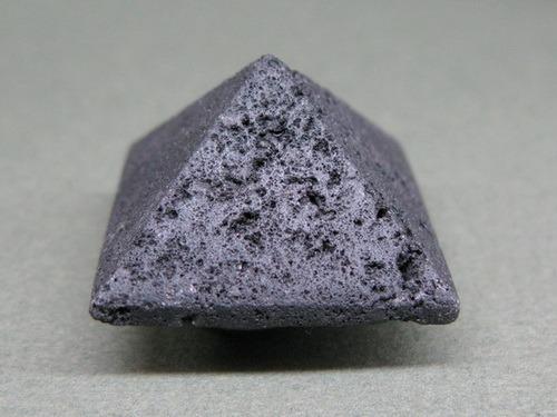 Энергия камней № 103 Базальт (пирамида) фото, обсуждение