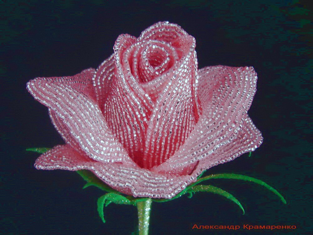 Роза из крупного бисера мастер класс с пошаговым фото