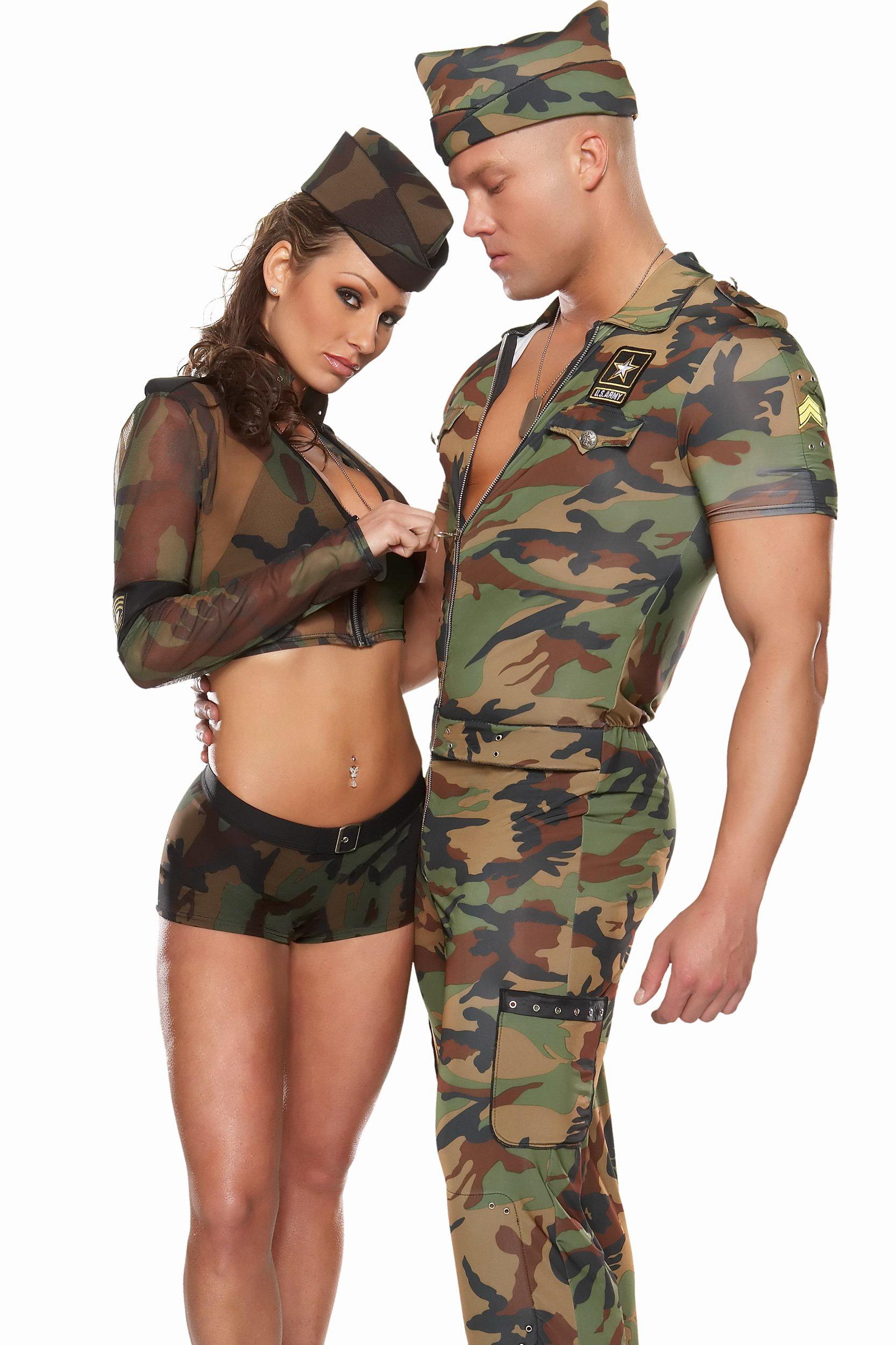 Сексуальные девушки в эротичных военных костюмах фотосессия фото 30 фотография