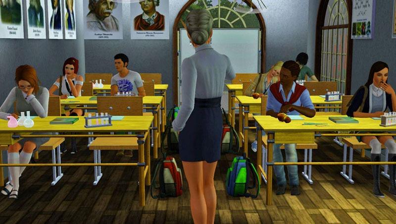 У училки под столом фото