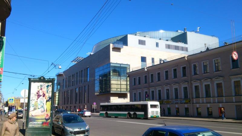 Вид от Концертного зала Мариинки по ул.Декабристов.  Вид с Крюкова канала.  Надо же, а я накануне, между оперой и...