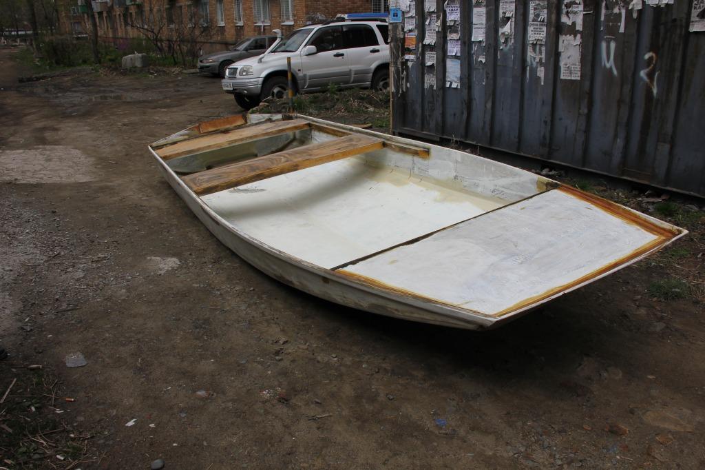 Катера и лодки из метала