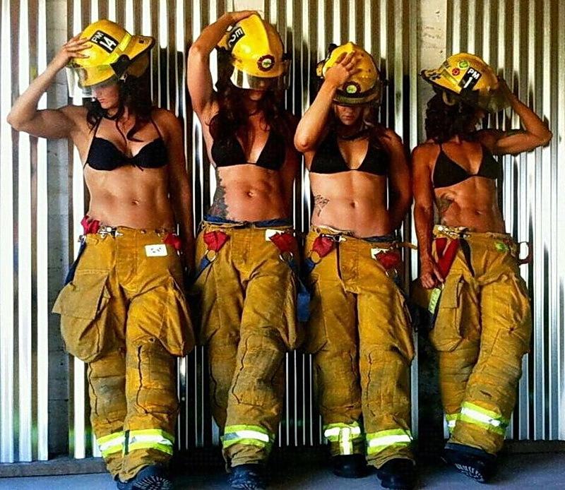 Как на самом деле выглядят и как работают наши пожарные.