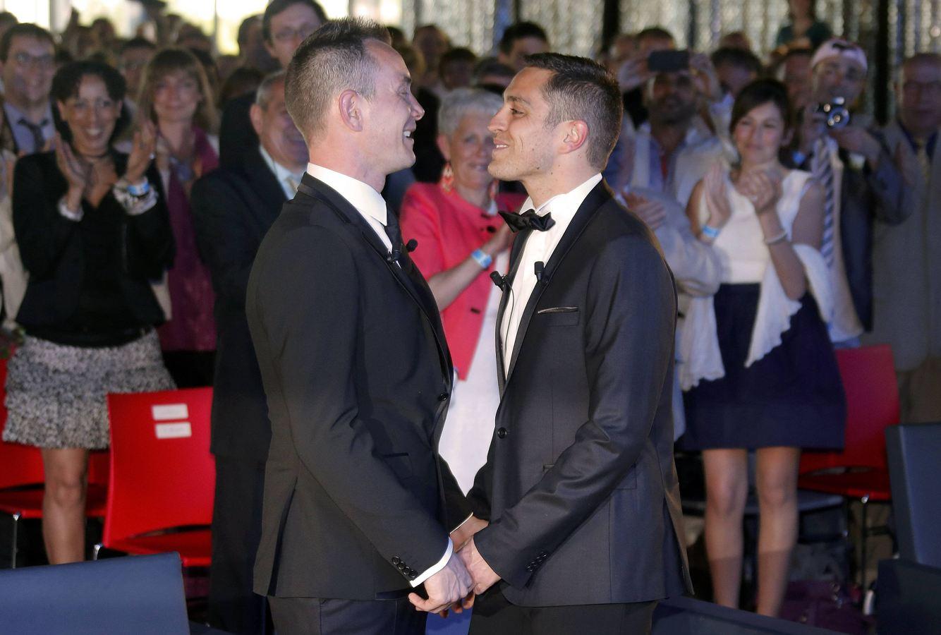 Фиктивный брак с геем 9 фотография