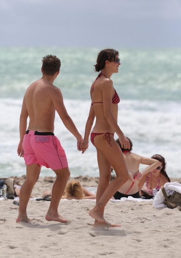 Толстую жену с друзьями - видео @ OK- Porn