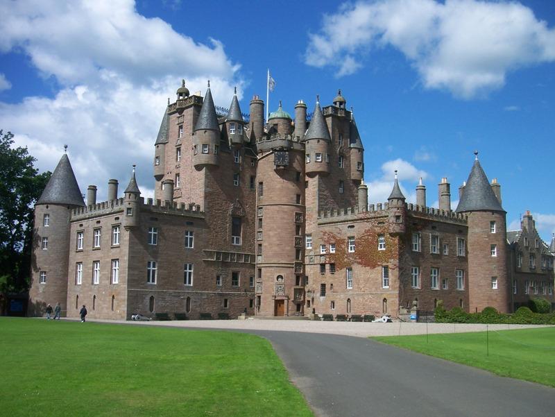 Шотландский замок Гламис 270105